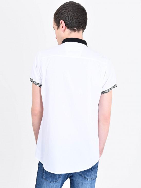 Camisa Contraste