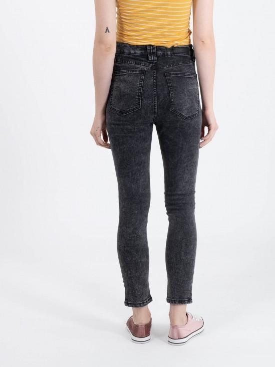 Jeans Tiro Alto Deslavado