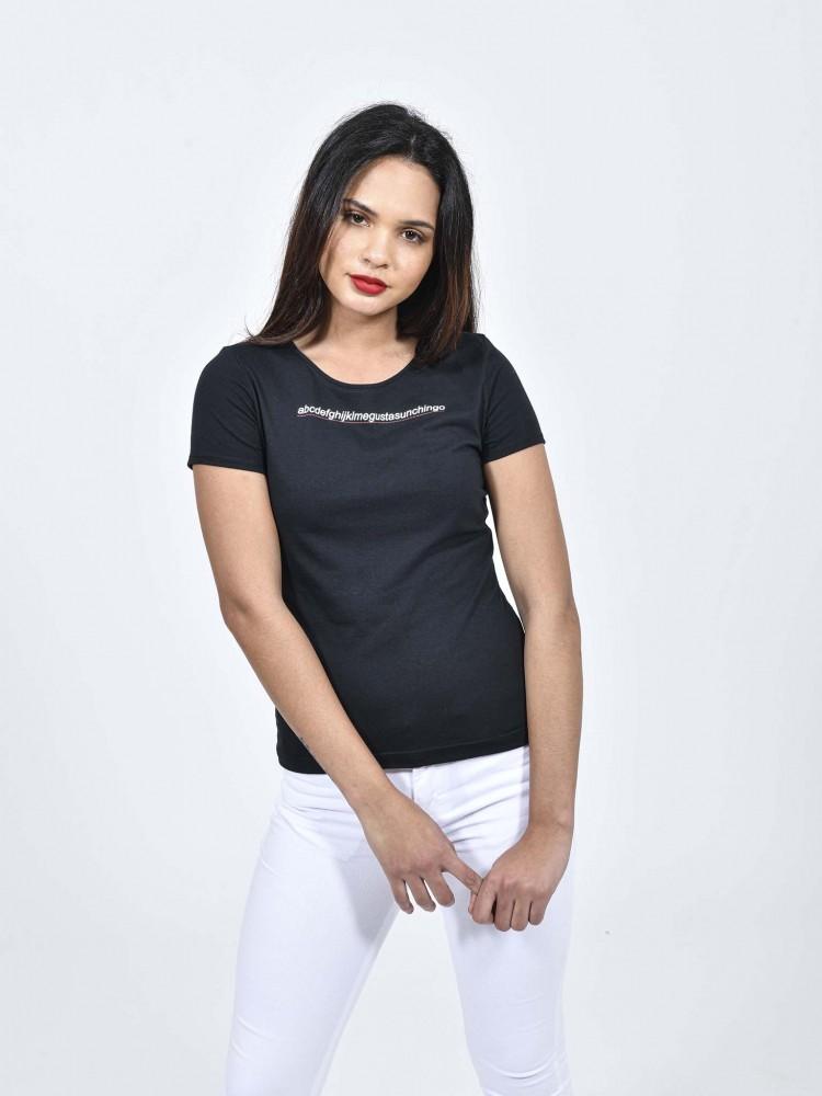 Playera Negra Con Texto 'Me Gustas' | CCP